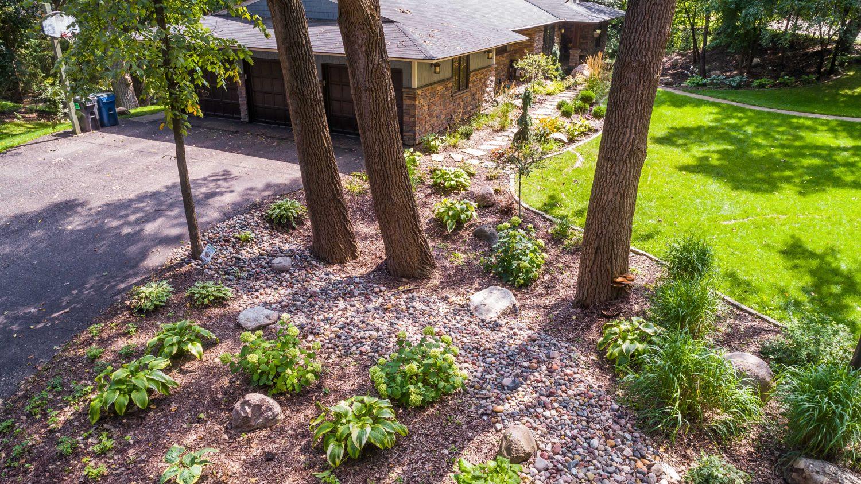 Woodland Design Landscape Garden Hosta Annabelle Hydrangea