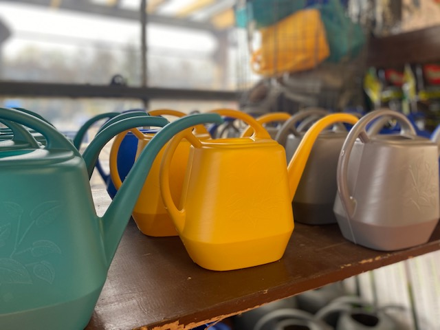 watering can 56 oz