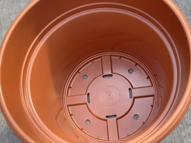 "Panterra Pot Clay 12"" (Plastic)"