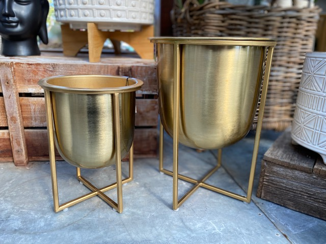 Gold Cache Pots w Stand